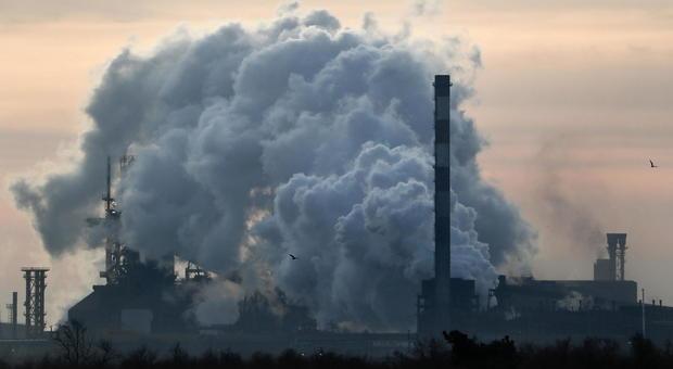 Ex Ilva, commissari contro Arcelor Mittal: su scudo penale conclamata falsità