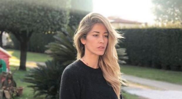 Elena Santarelli choc, lo zio suicida. Il commovente post su Instagram: «Aveva una figlia disabile»