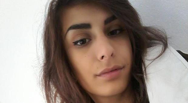 Ritrovata Ilenia, la ragazza scomparsa a Barcellona 7 giorni fa: ma il mistero resta