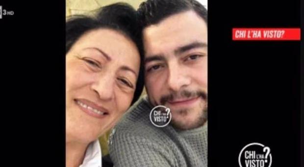Chi l'ha Visto, ritrova il figlio scomparso a Londra dopo due anni: «Sono felice, grazie a tutti»