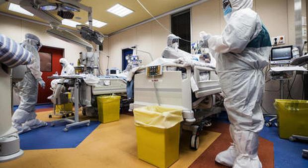 Coronavirus, 195 morti e 1.221 casi in più. I positivi in Italia oggi sono meno di 100mila MAPPA