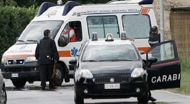 Donna sgozzata a Piacenza, scomparsi il marito e i figli di 2 e 4 anni