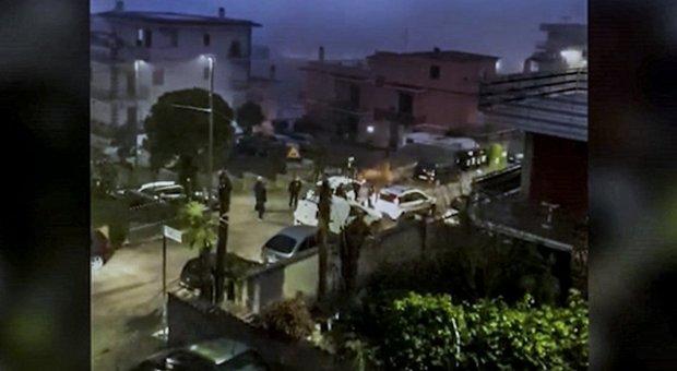 Il tassista aggredito a Roma: «Ho pensato: questo mi ammazza, ma la macchina non gliela lascio»