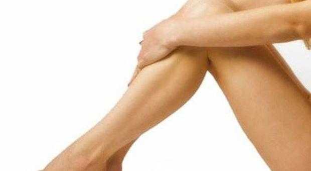 Le gambe vi fanno male di notte? E' una sindrome neurologica: ecco di cosa si tratta