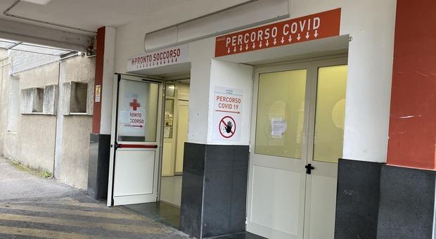 Roma, medici contagiati all'Umberto I. «Sospendere subito i ricoveri»