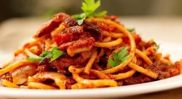 Maccheroni e bucatini turchi insidiano il primato italiano: +77% di produzione di pasta