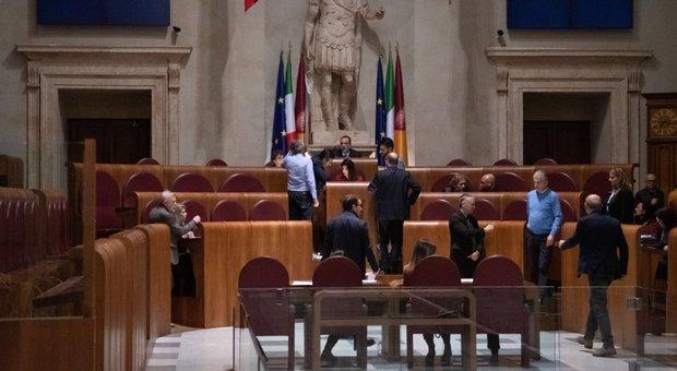 Maggioranza pentastellata in crisi in Aula Giulio Cesare