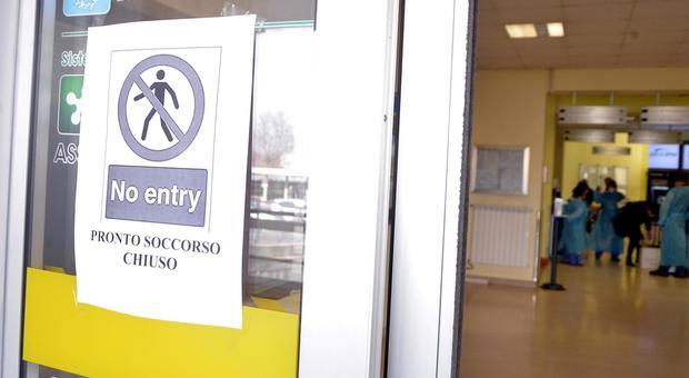 Contagio coronavirus, come difendersi: distanza di sicurezza a 2 metri, precauzioni Oms