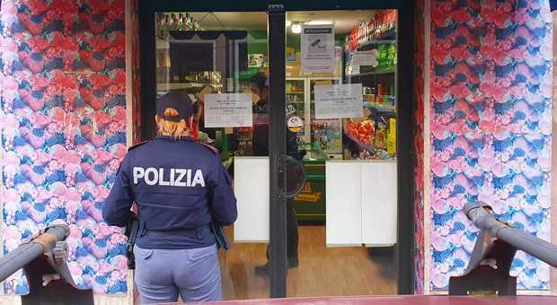 Bevande senza regole: chiuso un negozio di corso Carlo Alberto