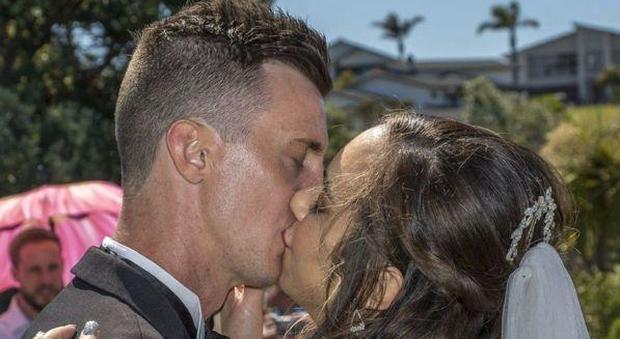 La sposina neozelandese morta il giorno delle nozze insieme al marito