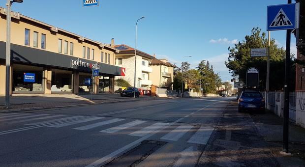Pesaro, studenti travolti sulla Statale 16: arriva il semaforo a chiamata davanti al Cecchi