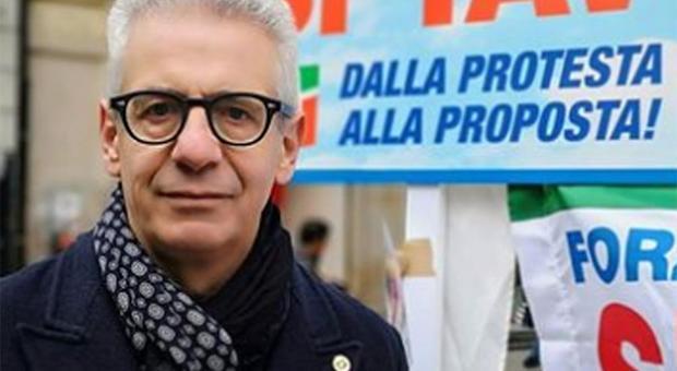Tangenti, le intercettazioni del deputato Fi Sozzani: «In ginocchio per tre lire»