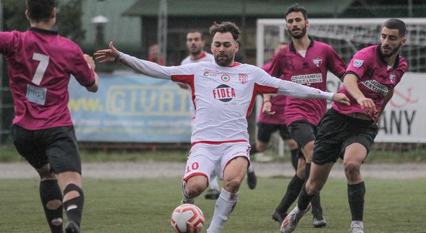Federico Moretti del Matelica durante il derby contro il Tolentino