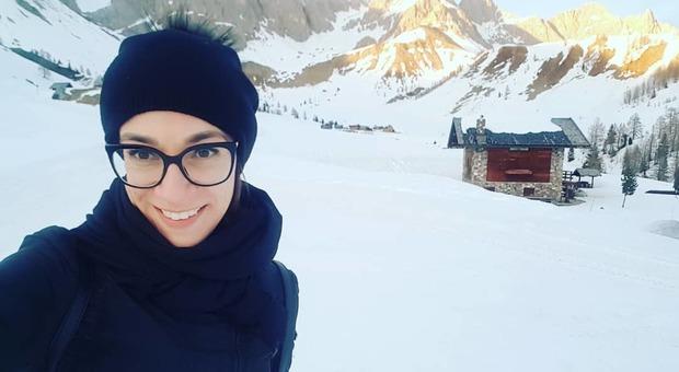Elena Vaccari, coronavirus: il post della ragazza con la leucemia: «Lasciate le mascherine a noi immunodepressi»