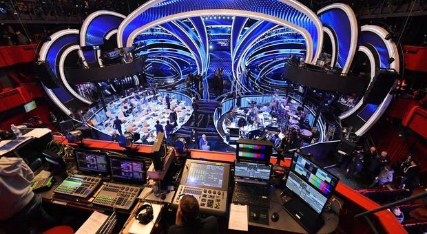 Sanremo, scaletta prima serata: i 12 cantanti e gli ospiti, da Al Bano a Tiziano Ferro