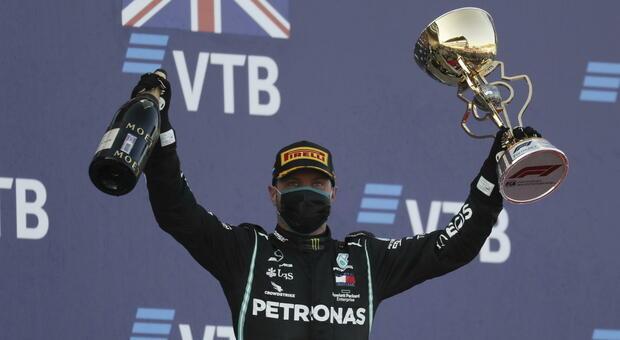 Live F1, GP Sochi in diretta: Hamilton a caccia del record vittorie di Schumacher