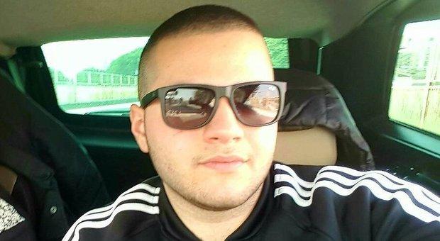 Incidente dopo la serata in discoteca: Thomas muore a 19 anni, una ragazza è grave