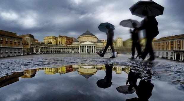 Campania, prorogata l'allerta meteo: ancora piogge intense e temporali