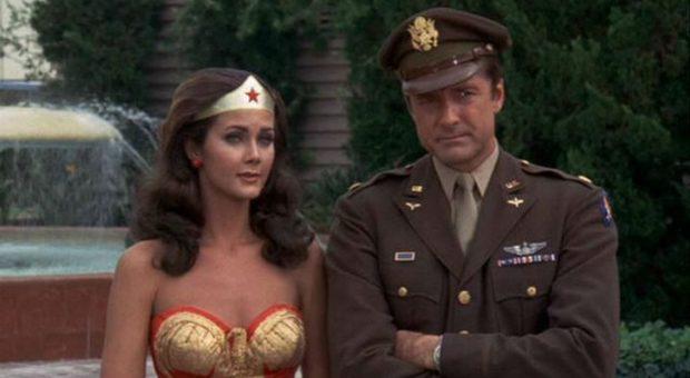 Cinema, morto Lyle Waggoner: star di Wonder Woman con Lynda Carter