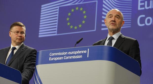 Governo, Ue boccia la manovra: nuova bozza in 3 settimane