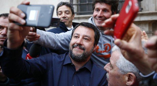 Governo, aria di crisi, l'ira di Salvini. Conte: non siamo dei passacarte