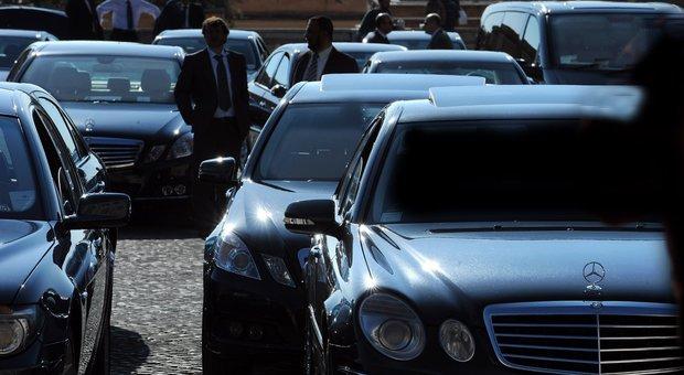Shopping del governo: 8.280 auto blu e grigie per 168 milioni di euro
