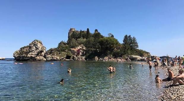 Isola Bella: un giorno al mare a Taormina tra fichi d'India e fauna unica al mondo