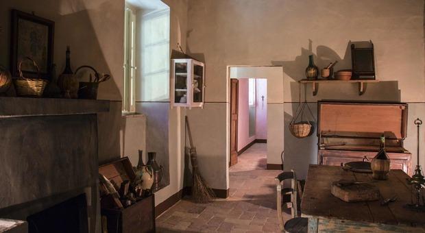 La casa di Silvia, dirimpetto a Palazzo Leopardi: di recente è stata riammobiliata e aperta per i visitatori