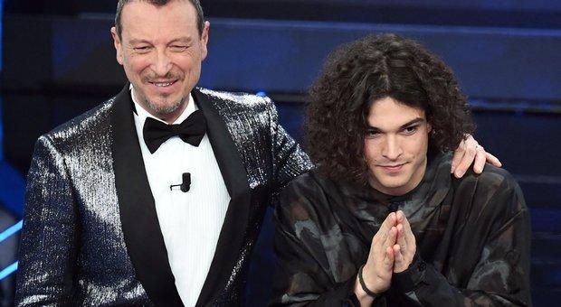 Sanremo 2020, Alessandro Gassmann agitato per il figlio Leo: «Come se avessi partorito 3 figli»