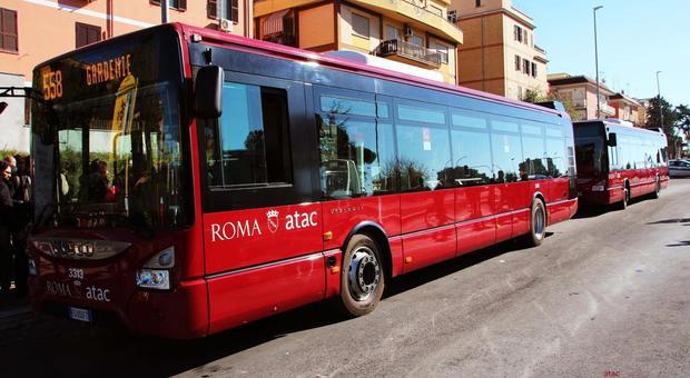 Autista Atac pestato da una baby gang: «Roma è pericolosa»