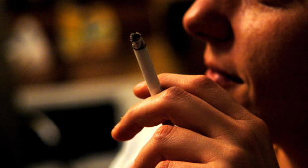 Fumano sul bus, l'autista richiama i due giovani e loro lo picchiano: naso rotto e prognosi di 25 giorni