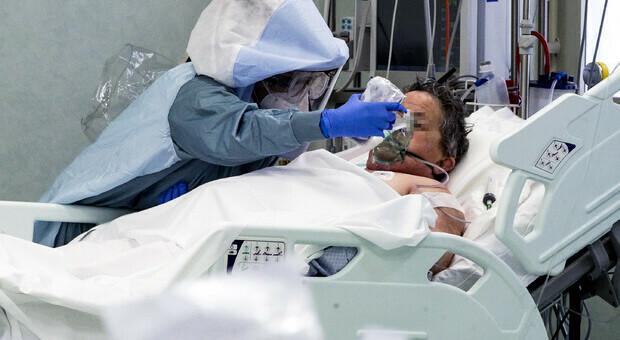 Tumore al polmone confuso con il Covid: «Così il Regno Unito rischia altre decine di migliaia di morti»