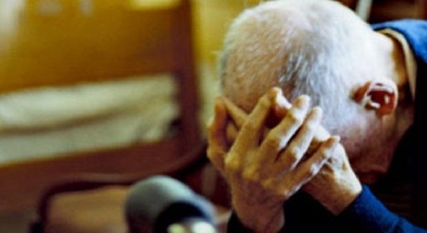 Roma, badante condannato: mentre lui non c'era, anziano morì cadendo dal letto