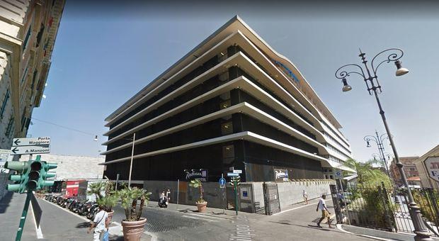 Roma, hotel Radisson Blu «ha evaso la tassa di soggiorno: deve ...