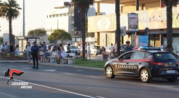 Senigallia, sorpresi altri due parcheggiatori abusivi. Scatta la multa