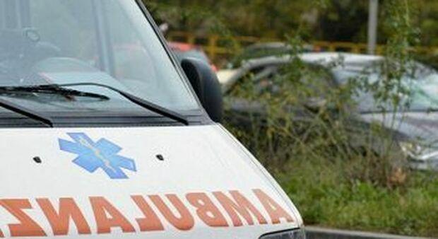 Bimba 4 anni muore sbalzata da finestrino dell'auto