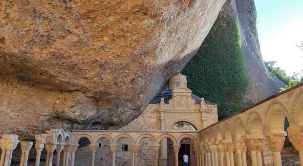 Antico Monastero di San Juan de La Pena