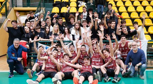 La squadra del Volterra vincitrice della tappa jesolana