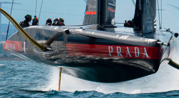 Luna Rossa vince la prima regata ma Ineos non molla: è 5-1 nella finale della Prada Cup