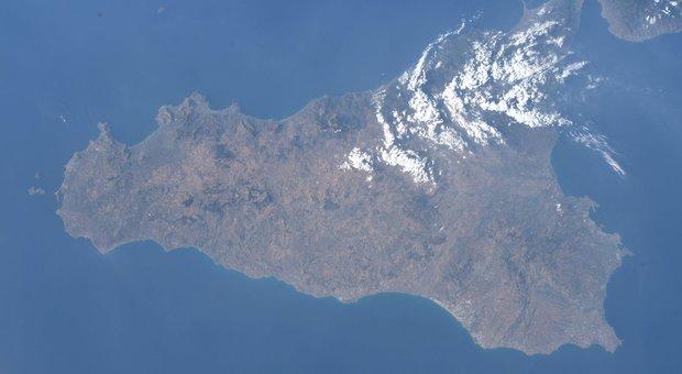 Luca Parmitano, quelle nuvole come zucchero a velo sulla Sicilia
