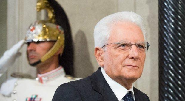 Governo, Mattarella incalza i partiti: «Tempi brevi, consultazioni da martedì»
