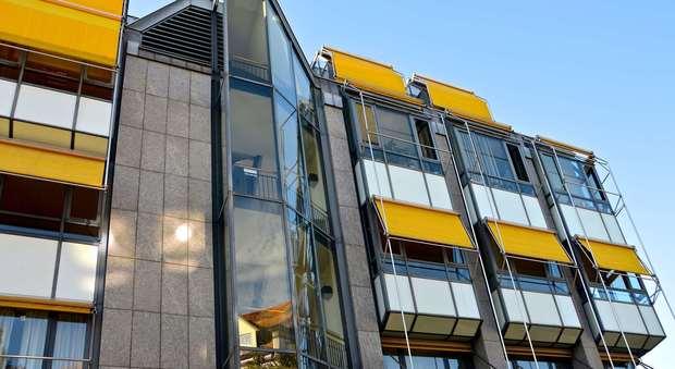 Balconi Esterni Condominio : Tende da sole come non violare i regolamenti condominiali