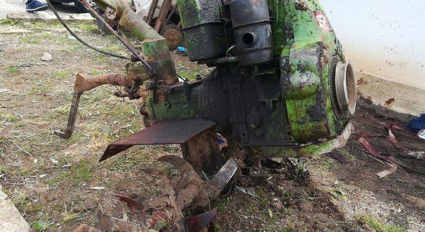 La motozappa che ha ferito il ferroviere