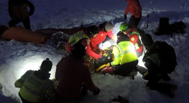 Cortina, 30 soccorritori e 4 unità cinofile tra il Rifugio Scoiattoli e la seggiovia Cinque Torri Ecco cosa è successo