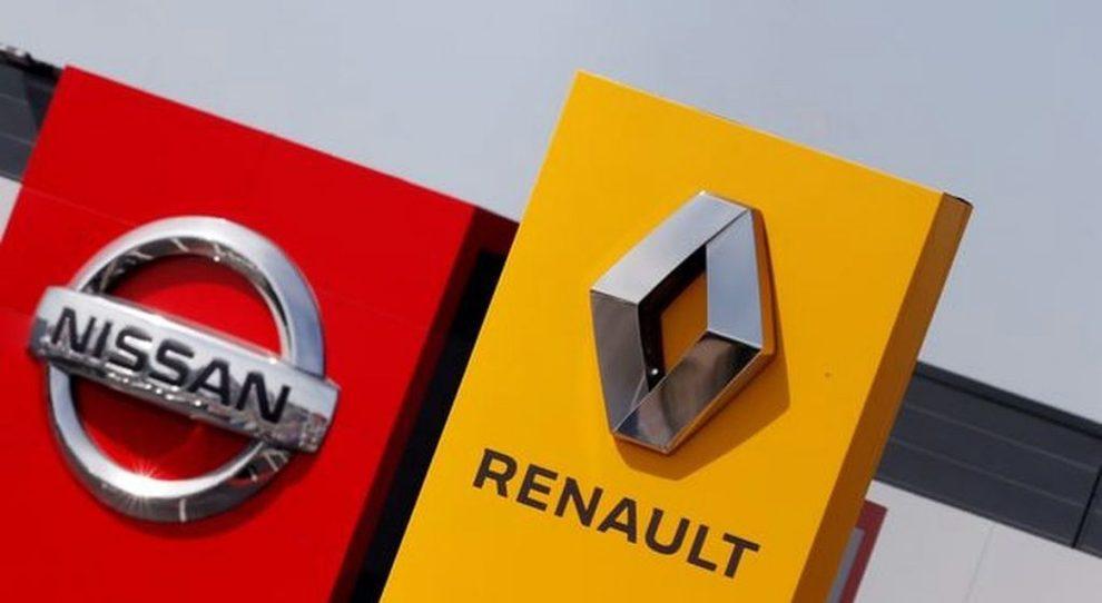 I loghi di Nissan e Renault