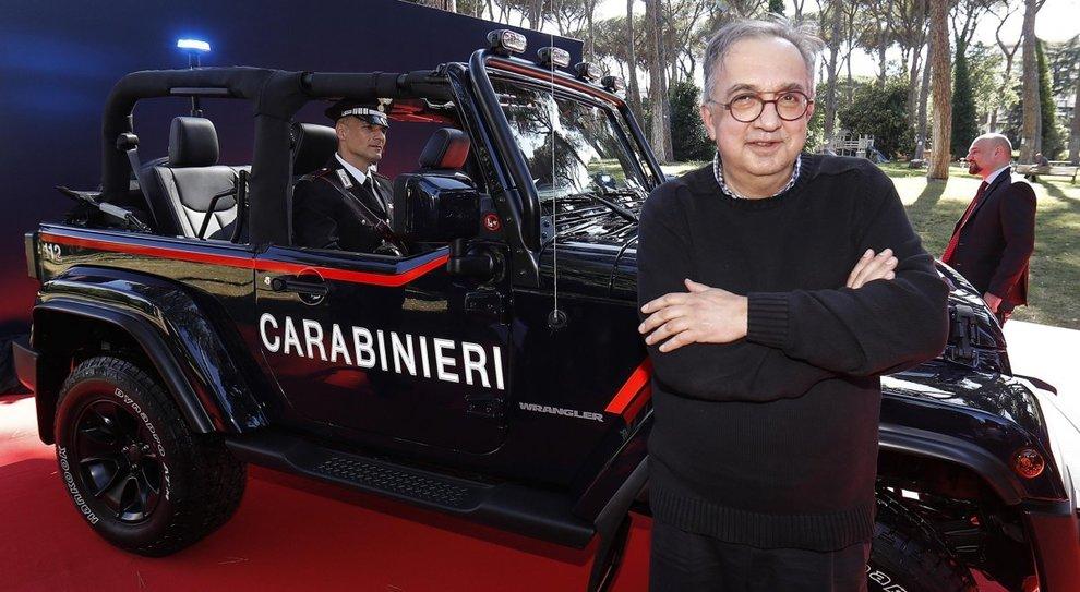 Sergio  Marchionne, amministratore delegato di FCA, durante la consegna di una Jeep Wrangler all'Arma dei Carabinieri al Comando Generale dei Carabinieri a Roma