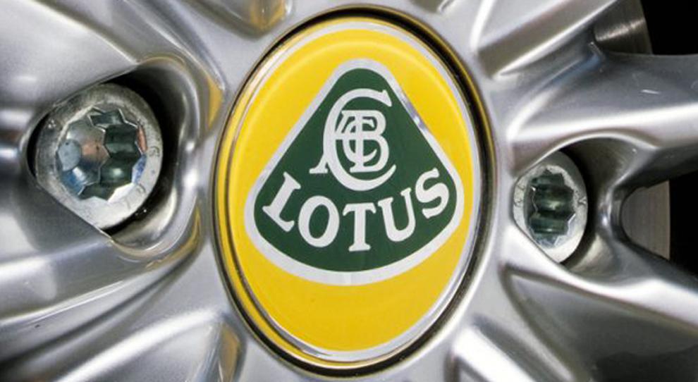 Il badge Lotus