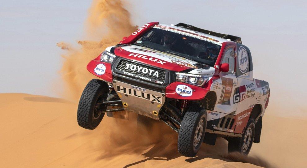 Fernando alonso e la sua Toyota Hilux