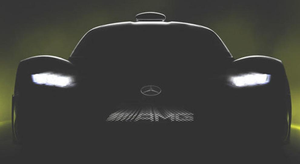 Il teaser della Mercedes AMG Project One
