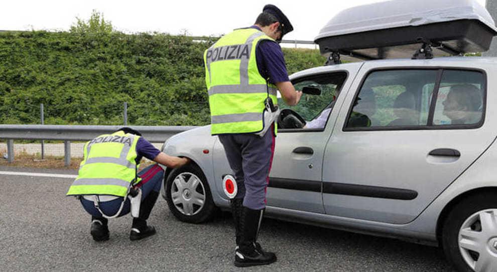 Sicurezza a rischio, gommisti fuorilegge e pneumatici sgonfi. Preoccupano iI dati Polstrada e Assogomma